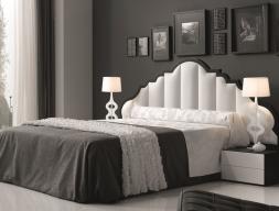 Chambre avec une tête de lit garnie. Mod. BELLUCI
