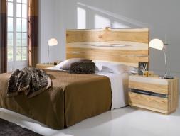Chambre en bois de frêne. Mod. AMBAR