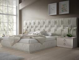 Chambre tapissée design. Mod. LALEH