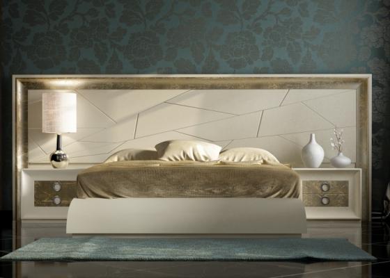 Chambre laquée avec longue tête de lit .Mod: ANNIPE
