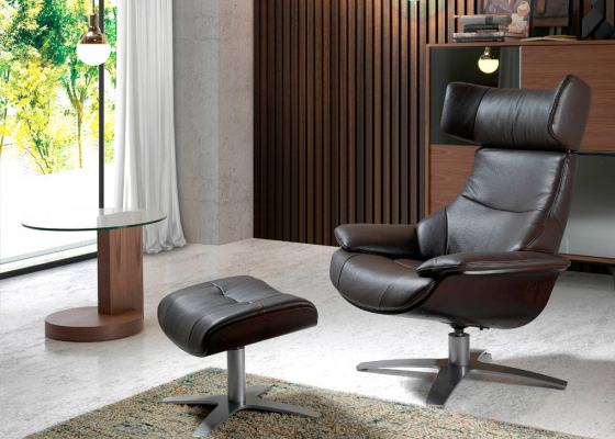 Ensemble fauteuil  pivotant et relax et pouf.Mod: CAPRICORNE