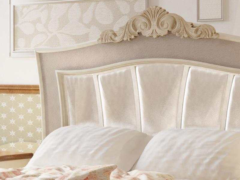 T�te de lit laqu�e et garnie. Mod. CLASSIC 2