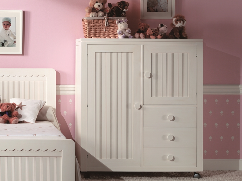 armoire basse enfant avec roulettes mod merlin 8050. Black Bedroom Furniture Sets. Home Design Ideas
