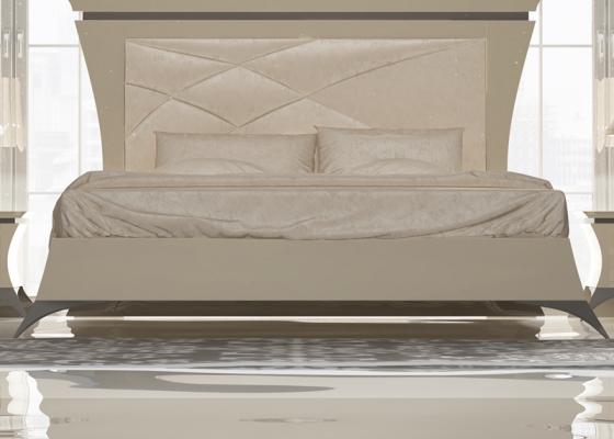 Tour de lit avec pieds évasés. Mod. IMPERIAL 73021-12