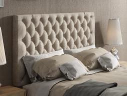 Tête de lit garnie avec capitonné et boutons. Mod.  ENZO48851