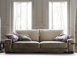 Canapé tapissée.Mod: 1714