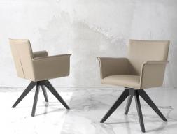 Ensemble de 2 fauteuils garnies. Mod. DOLCE