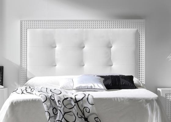 Cabecero lacado y tapizado. Mod: DIAMANTE