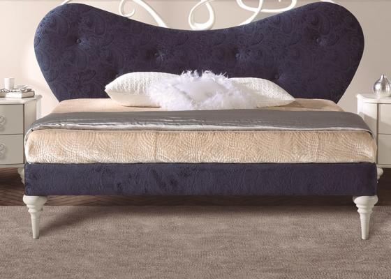 Tour de lit tapissée.Mod.SYROS