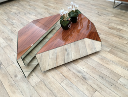 Table basse. Mod. INFINITTI