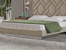Tour de lit tapissé avec miroir. Mod. NATALIE