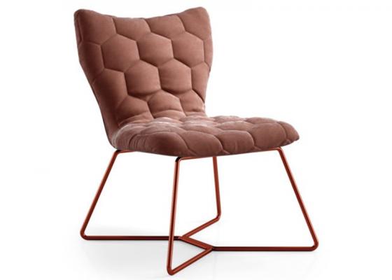 Chaise tapissée avec structure en acier inox. Mod: KELLY