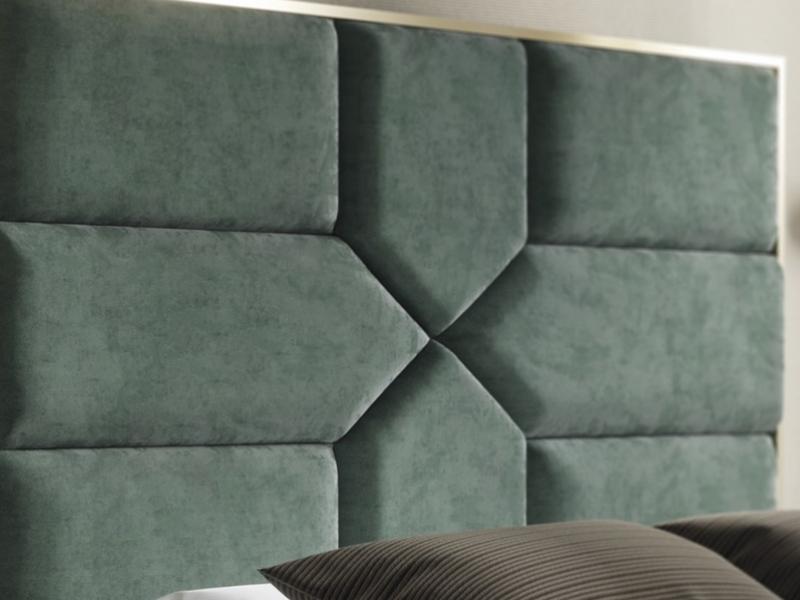 T�te de lit tapiss�e avec acier inox. Mod. COLETTE