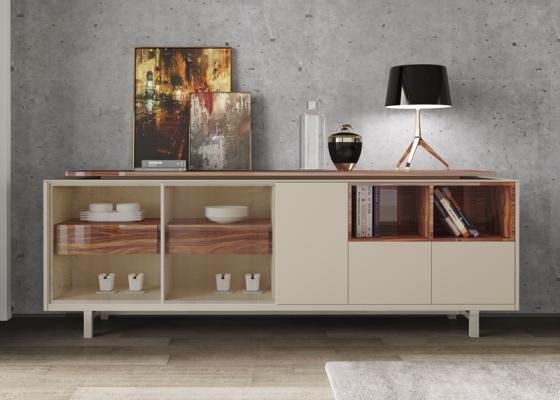 Buffet laqué avec portes en verre et bois, tiroirs et éclairage leds. Mod. AOSTE