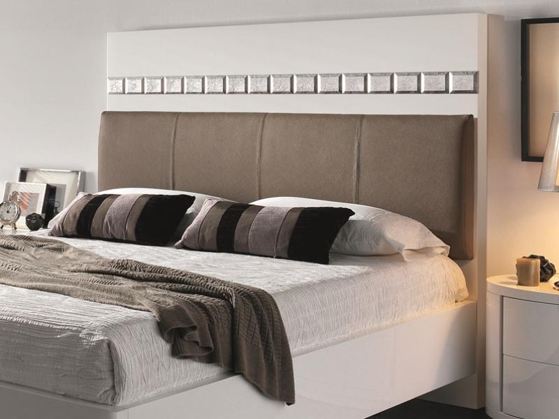 lit complet avec base de lit mod tessa. Black Bedroom Furniture Sets. Home Design Ideas