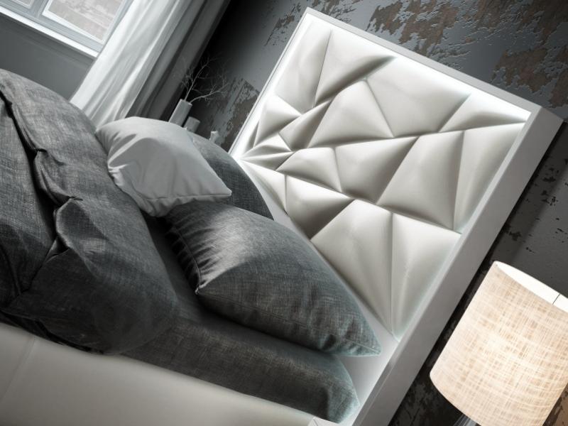 Lit complet tapiss� et laqu� avec �clairage led incorpor� et sommier coffre tapiss�. Mod. NAUGE LED