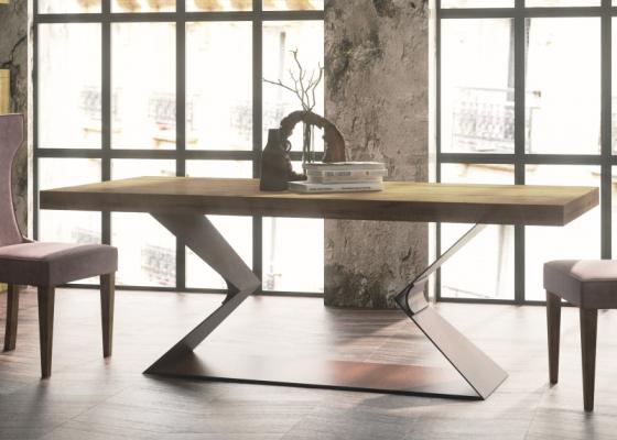 Table à manger extensible avec plateau en chêne. Mod. NAMUR