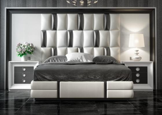 Lit complet laqué et tapissé avec une tête de lit XXL. Mod. MELINA