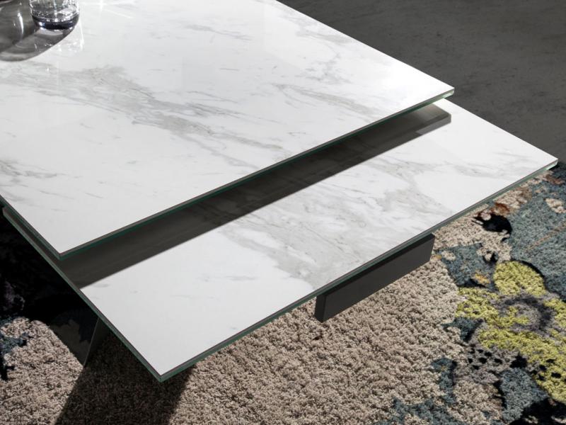 Table � manger extensible avec plateau c�ramique. Mod. ALMAGRO