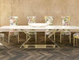 Table à manger avec plateau en marbre. Mod.VARENNA