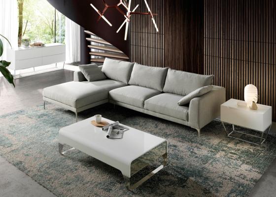 Canapé tapissé avec chaise longue. Mod. ZOE-CL-L