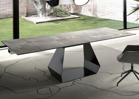 Mesa de comedor extensible con tapa cer�mica .Mod: ORIOL CER�MICO