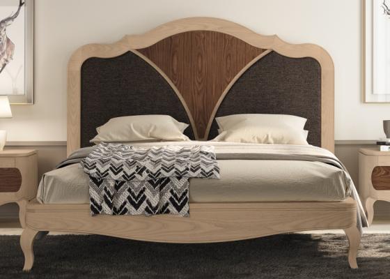 Cama completa en madera de nogal con detalles tapizados. Mod: RAFFAELA