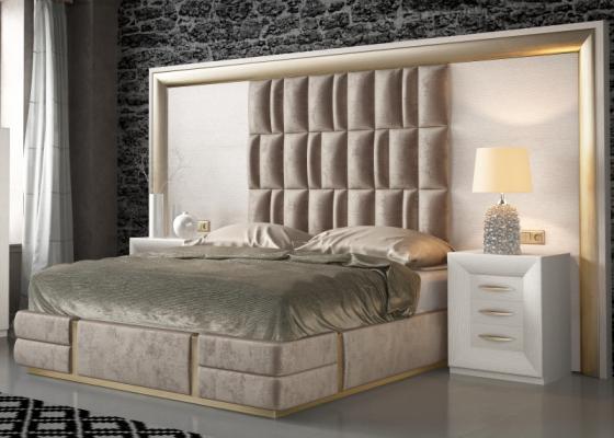 Lit complet en chêne et tapissé avec une tête de lit XXL. Mod: SIMA