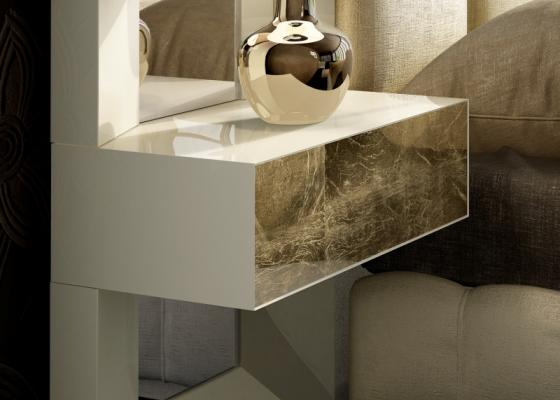 Chevets laqués à un tiroir avec les façades des tiroirs laminées.Mod: JANAAN