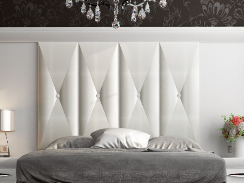 Lit complet laqu�e et tapiss� avec une t�te de lit XXL. Mod: LAPIS