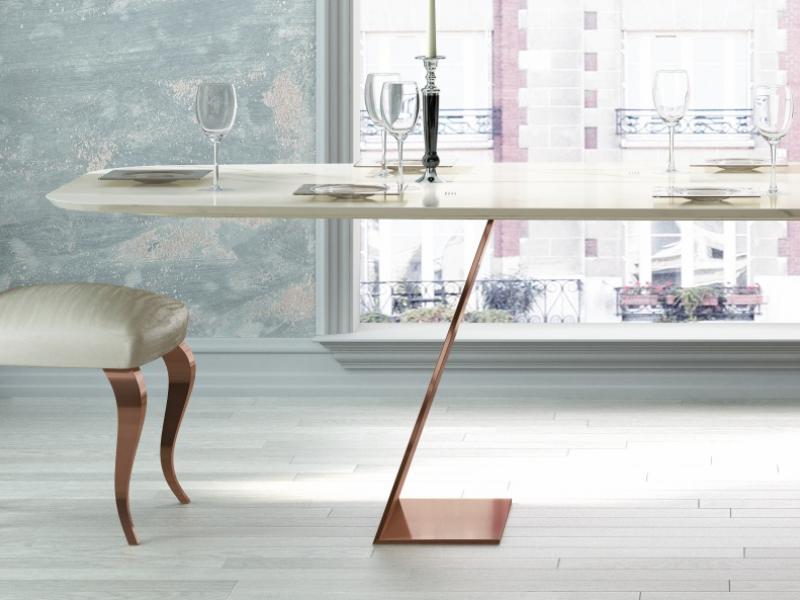 Table � manger avec plateau en marbre. Mod. FIYI