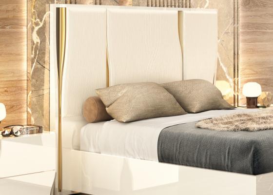 Tête de lit laqué et tapissé. Mod. ESSENCE