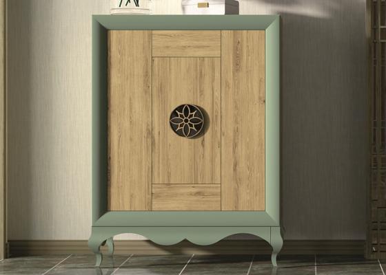 Vitrine vaisselier laquée avec portes et tiroirs en chêne. Mod: RUSTIC