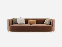 Canapé  de design avec piétement en acier inox. Mod. MANAROLA 3P