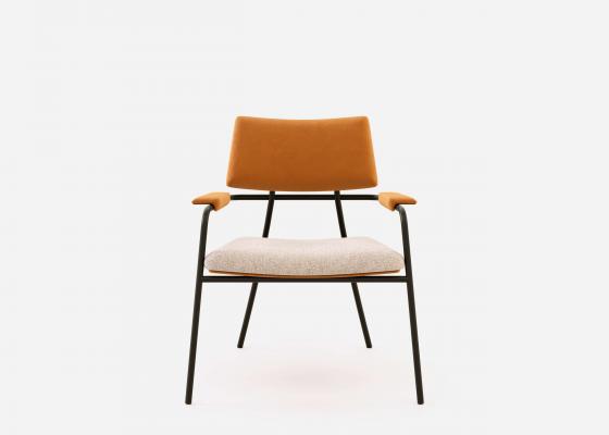 Chaise design tapissée avec structure en acier. Mod. BIZARRE